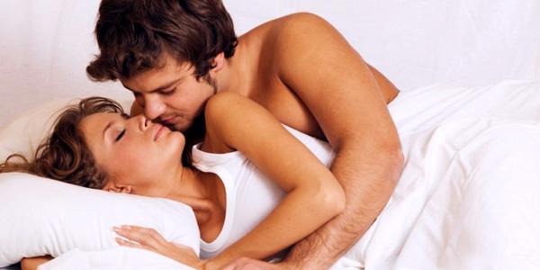 Descubra o que as posições durante o sono dizem sobre os casais
